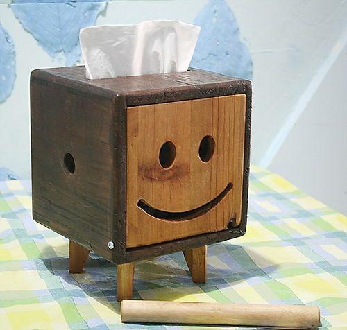Hộp đựng khăn giấy lau tay