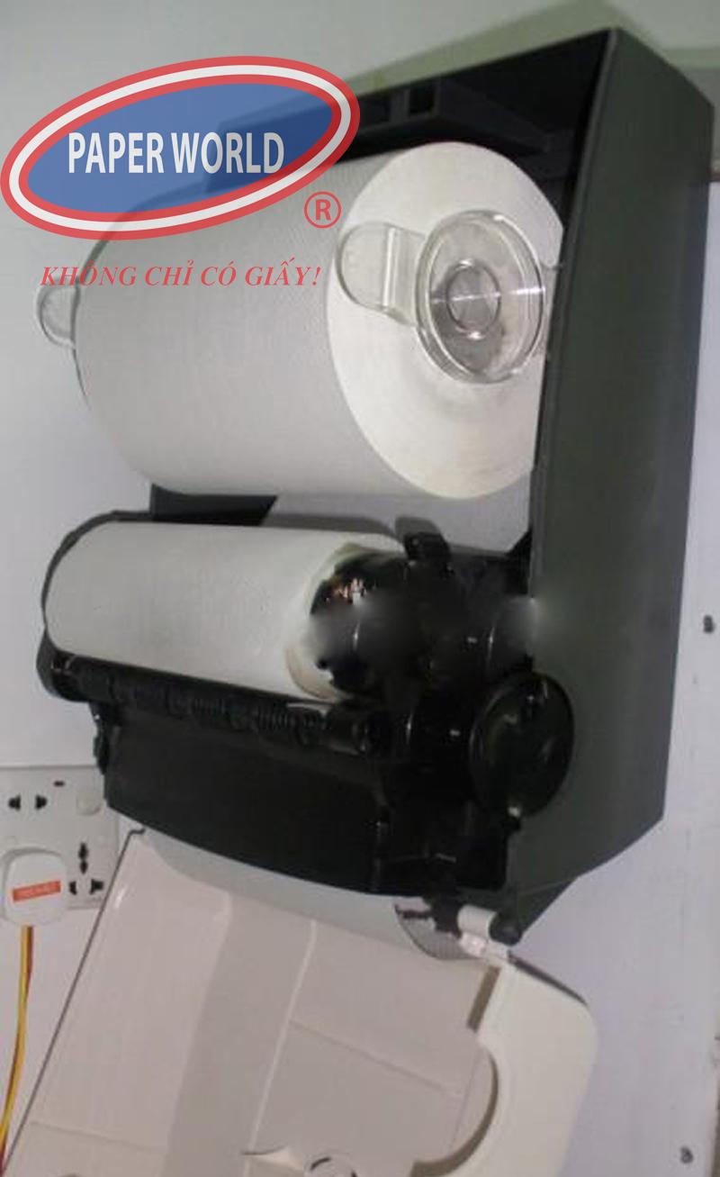 Sử dụng máy cắt giấy giúp giấy không bị nhăn nhúm