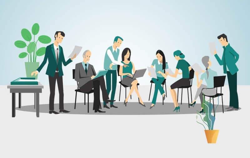 Trong công ty ai là người chịu trách nhiệm bán hàng?