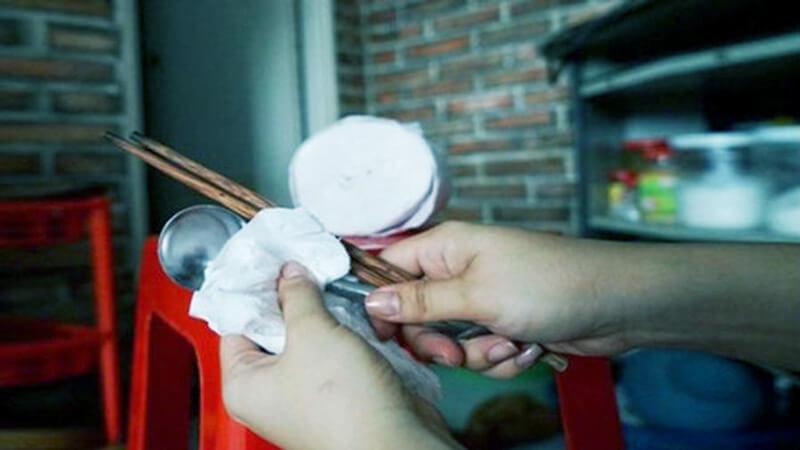 Nhà máy sản xuất giấy vệ sinh bẩn