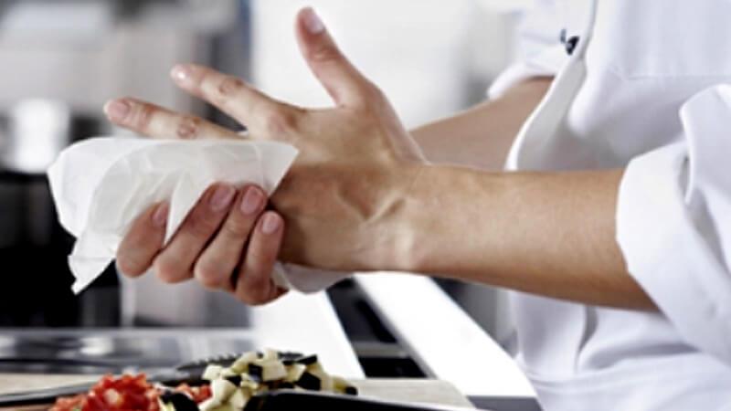 Công dụng khăn giấy lau tay