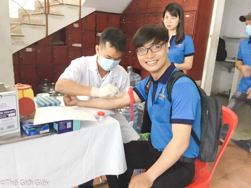 Vắc xin cho người lao động