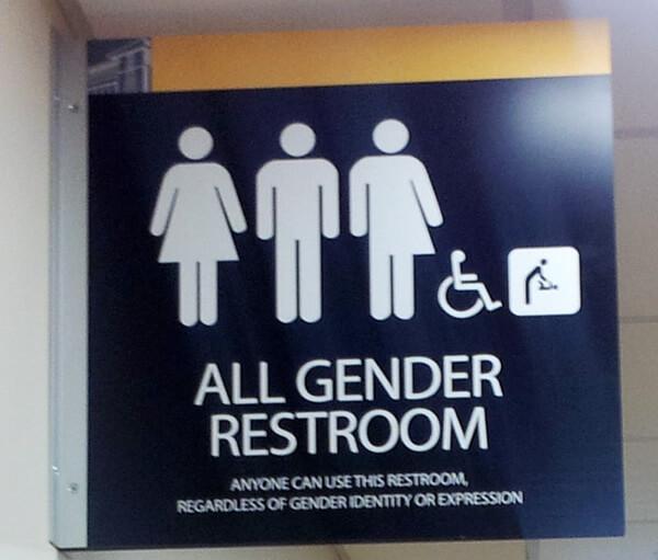 Toilet ở Mỹ, Canada, Thái Lan, Nhật Bản